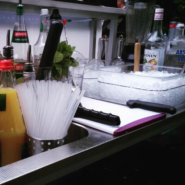 """#HummerCatering #Eventcatering #Hochzeit #mobilebar #Cocktailbar #Cocktails #Barkeeper #Köln http://goo.gl/siJDlb von Hummer Catering auf Flickr.  Folge diesem Link, um dieses Foto anzuzeigen und zu kommentieren: https://flic.kr/p/uh3KSP • <a style=""""font-size:0.8em;"""" href=""""http://www.flickr.com/photos/69233503@N08/18557705244/"""" target=""""_blank"""">View on Flickr</a>"""