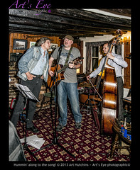 Hummin' along to the song! (Arts Eye Photographic) Tags: musicians table pub westsussex unitedkingdom guitar furniture interior performance acoustic performers guitarists vocals doublebass musicalinstruments musicstand stringedinstruments bowstring walllights tamborines doublebassist barnsgreen seatschairs