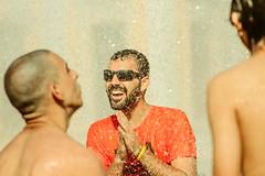 _MG_0163 (upslon) Tags: minasgerais sol brasil pessoas alegria belohorizonte festa banho maracatu confraternizao calor polcia ocupao praadaestao priadaestao tilele