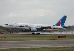 G-OOOB-Air 2000 2004 (Enda Burke) Tags: thomson 757 manchesterairport britannia rvp firstchoice boeing757 avgeek air2000 gooob runwayvisitorpark