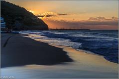29072013-Mafrmcfa-02601.jpg (Mafr-Mcfa) Tags: barcelona espaa mar agua europa mediterraneo playa arena amanecer cielo nube roca catalua continente elgarraf comunidadesautnomasprovincias localizacionesdelmundo