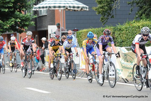 Minderhout (328)