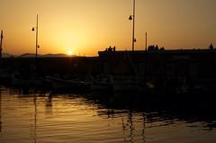 Couche de soleil (TheD7100Man) Tags: orange sun set rouge soleil noir sttropez contraste chaud beau couche
