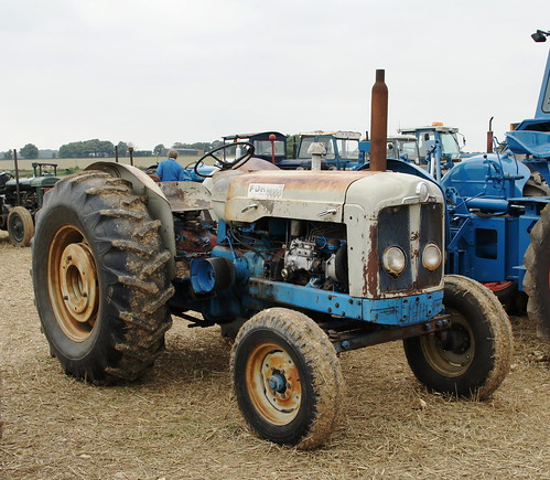 American Fordson Super Major, Ford 5000 - a photo on Flickriver