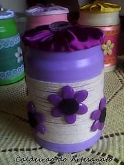 Lata Decorada com Barbante (Caldeirão do Artesanato) Tags: portatreco latadecorada artesanatoemlata reciclandolata