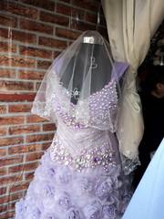 """Auch das gibt es: Party Kleider werden angeboten • <a style=""""font-size:0.8em;"""" href=""""http://www.flickr.com/photos/65713616@N03/11046631186/"""" target=""""_blank"""">View on Flickr</a>"""