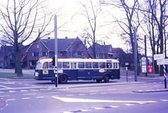 Arnhem 142 Hoogkamp (Guy Arab UF) Tags: bus netherlands buses arnhem but 1956 gemeente 142 trolleybus obus verheul hoogkamp 9721t