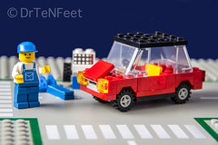 LEGO 6655 / Auto & Tire Repair (DrTeNFeet) Tags: auto brick set canon eos lego object flash small tire steine repair blitz legoland 6655 60d