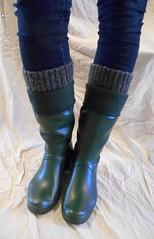 GrnH310 (Lisban2009) Tags: green socks soft with hunter wellies rubberboots gummistiefel creased tourer turneddownwellies foldedwellies