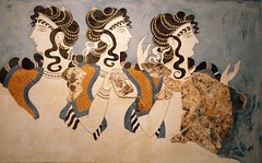 A Cretan Odyssey  Courting Beauty at the Palace of Knossos! (antonychammond) Tags: greece crete heraklion kingminos palaceofknossos anticando gnneniyisithebestofday heraklionarchaeologicalmuseum minoanart virtualjourney saariysqualitypictures vpu1 theladiesofthecourtfresco