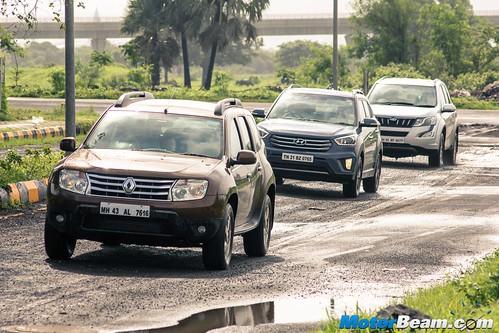 Renault-Duster-vs-Hyundai-Creta-vs-Mahindra-XUV500-06