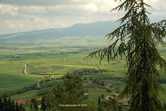 PIENZA 048 (Chris Maroulakis - Off for a few weeks) Tags: tuscany pienza landscape green nikond50 chris maroulakis 2010