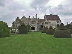 Lytes Carey Manor (jenbrasnett) Tags: 7dwf crazytuesdaythemearchitecture architecture lytescary mediaeval manorhouse artsandcrafts garden topiary somerset hedges 12apostlestopiary nationaltrust