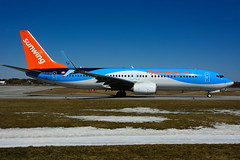 C-FEZF (Sunwing Airlines) (Steelhead 2010) Tags: sunwingairlines thomsonairways boeing b737800 b737 yhm creg cfezf