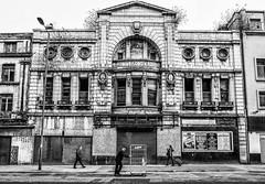 Futurist - Lime Street (alancookson) Tags: fujixm1 futurist liverpool cinema derelict limestreet bw