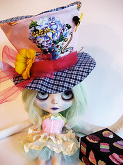 The Barnaby, Mad Fascinator Hat for Blythe