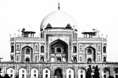 India BW (MadisPhoto) Tags: new india blackwhite delhi mustvalge 24105mmf4lisusm 24105mm ef24105mmf4lisusm canoneos7d madisphotocom ef24105mmf4lisusmsunset wwwfacebookcomrealmadisphoto