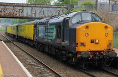 Test train in South Wales (williams60074) Tags: skewen networkrail testtrain 37601 1q13