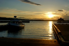 Sunset On Lake Washington (MissBosnian) Tags: park sunset sun lake beach nature pier boat washington dock pretty gene launch renton coulon