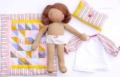 Carlotta with her good night set (Fig & Me) Tags: triangles handmade sewing lecien handtied patchworkblanket naturaldolls figandme