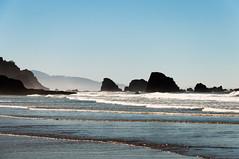 Incoming (wenzday01) Tags: statepark park travel beach nature oregon nikon rocks or coastline oregoncoast nikkor cannonbeach ecola ecolastatepark d90 indianbeach nikond90 18105mmf3556gedafsvrdx