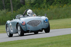 Number 102 1956 Austin-Healey 100-4 driven by Richard Neves (albionphoto) Tags: usa march fiat lotus ct ferrari 102 autoracing alfaromeo motorracing transam astonmartin tyrrell lakeville limerockpark historicf1 vscca vision:outdoor=0983 vision:car=0565 richardneves