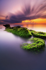 The Natural Duality (eggysayoga) Tags: longexposure bali cloud motion beach sunrise indonesia moss nikon natural ss s tokina filter le lee nd slowshutter stacking yinyang average pantai graduated denpasar sanur averaging wavebreaker gnd portscape 1116mm matahariterbit imageaveraging d7000