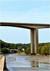 UL 381 (cadayf) Tags: bridge reflection architecture landscape bretagne reflet pont britanny paysage 39 ouvrage