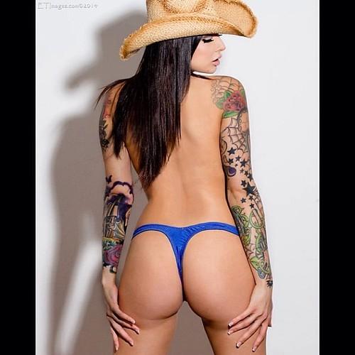 Hot Cowgirl Ass