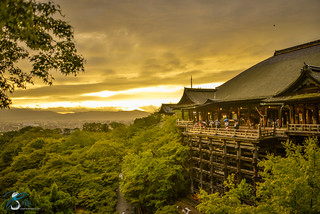 Kiyomizu-dera at the sunset