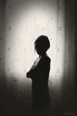 Rota (Marta Monlen) Tags: woman window contraluz ventana tristeza mujer nikon sorrow nikond700