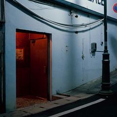 Bar (akira ASKR) Tags: night fuji okinawa 沖縄 kin provia100f 夜 hasselblad500cm rdpiii 金武町 201406 distagoncf50mmfle