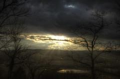 Breakthrough (Klaus Ficker) Tags: sunset usa rain weather clouds canon kentucky thunderstorm rays eos5dmarkii klausficker