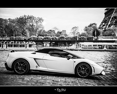 Performante (NiCo' ( vip2pak ) - Nicolas TARIQ) Tags: bw paris car seine la nikon tour eiffel 28 lamborghini paves supercar d800 lambo performante