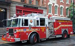 FDNY Squad 18 (zamboni-man) Tags: world new york city rescue bus tower truck fire lights engine best ambulance fireman ladder busses job fdny department siren kme hazmat nyfd seagrave fd firey iaff whelen ferrera