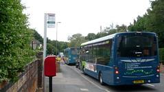 Knaphill School bus bonanza (bobsmithgl100) Tags: bus woking df surrey wright highstreet diversion knaphill route91 4292 cwl streetlite gn15 arrivakentsurrey gn15cwl