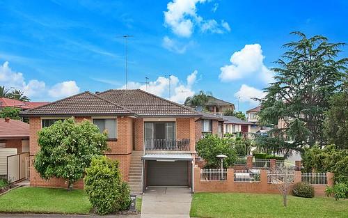 15 Piesley Street, Prairiewood NSW