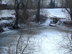 Arignano2017_IMG_1632 copia (stegdino) Tags: lago lake winter inverno ghiaccio ice barca boat landede stagno pond gamesweepwinner a3b