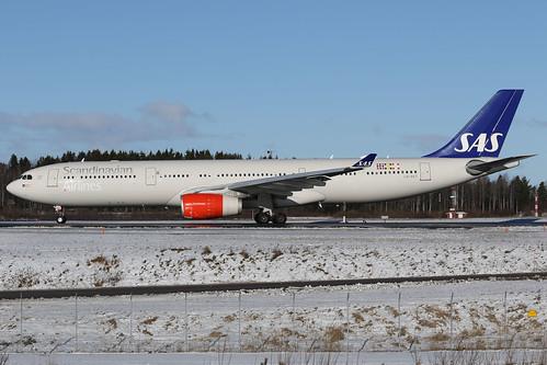 SAS Scandinavian Airlines Airbus A330-343 LN-RKT 170223 ARN