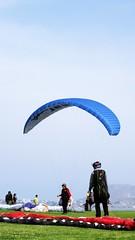 (Stephany Arce) Tags: playa miraflores stephany malecn parapente arce fotografa volar