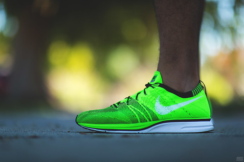 newest f226c c0e88 ... nike flyknit trainer electric green .
