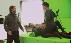 Superman behind the scenes (Guardian Screen Images) Tags: man film comics movie book michael dc kent comic general steel books super tights el superman henry shannon clark hero superhero behind tight scenes spandex lycra kal zod kalel cavill 2013 druzod