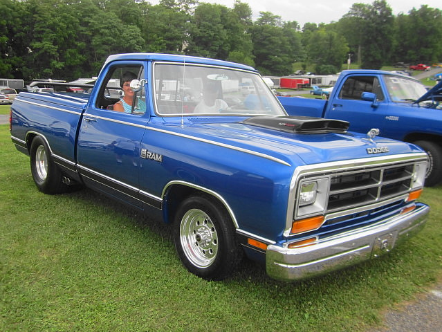 truck pickup dodge mopar d100 custom ram 1986 carlisle carshow carlislepa tubbed carlisleallchryslernationals