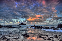 Koki Beach and Alau Island, Sunset Clouds, Hana, Maui, Hawaii (Don Briggs) Tags: sunset hawaii maui kokibeach mauibeach mauisunset donbriggs alauislandhanamauihawaii