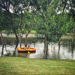 This wasn't a lakeside property when I moved in! #grapevinetx #grapevinelake #texasfloods #texasweather (DeeAshley) Tags: water weather dallas flooding texas flood grapevine 2015 grapevinetx instagram ifttt