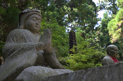 Statue of praying man, Oku-no-in Koya-San