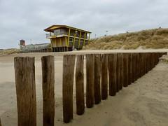 Strandwacht Domburg (NellyvanZwol) Tags: zeeland nederland baywatch strandwacht strand domburg