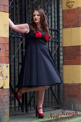 IMG_4519 (Neil Canon Keogh) Tags: red black vintage necklace highheels dress retro ring redhead bow buskers bracelet heels rockband pinup pinupgirl trianglesquare manchestercitycenter dressmodellaura