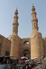 CAIRO - BAB ZWAYLA (Punxsutawneyphil) Tags: africa architecture capital hauptstadt egypt cairo architektur afrika metropolis egipto tor oriental orient gypten egitto metropole stadttor kairo  islamiccairo  babzwayla