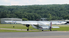 Flight 1 Taxis to the Active (blazer8696) Tags: usa ford metal airplane tin zoo airport unitedstates connecticut air ct goose kalamazoo division danbury stout 1929 58 ecw trimotor 5at 2013 dxr kdxr mirybrook t2013 n4819